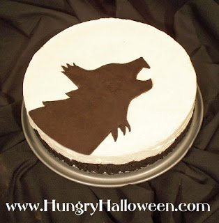 Halloween Cheesecakes | HungryHappenings.com