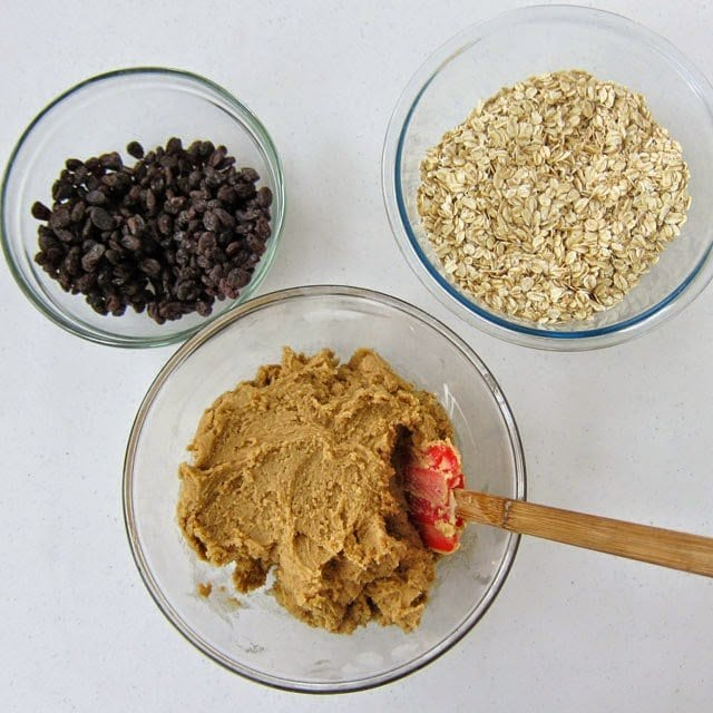 Best Oatmeal Raisin Cookie Recipe
