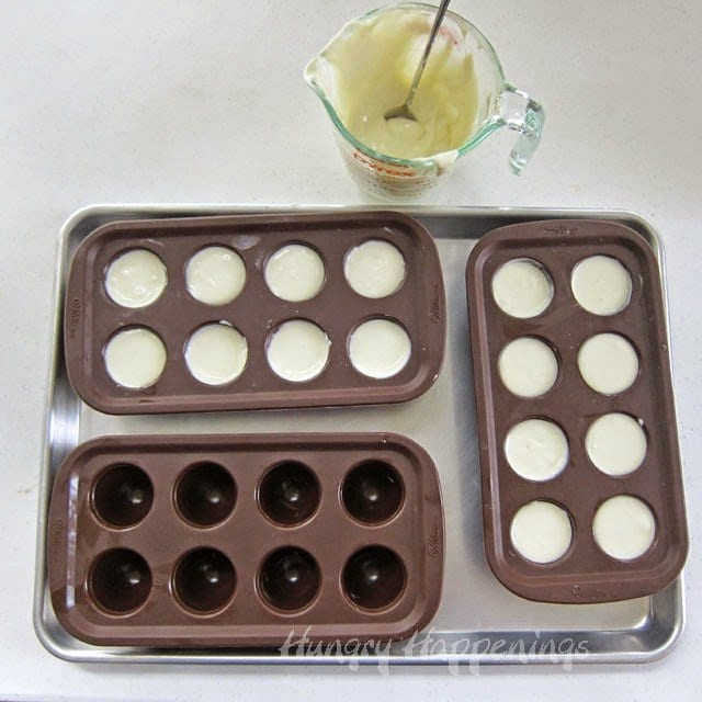 Bake Cheesecakes in Wilton Brownie Pop Molds