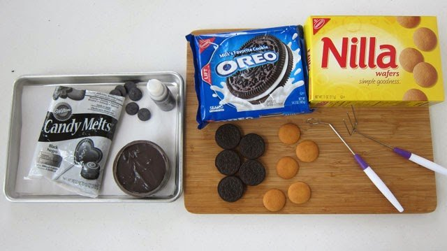 Oreo Cookes and Nilla Wafers
