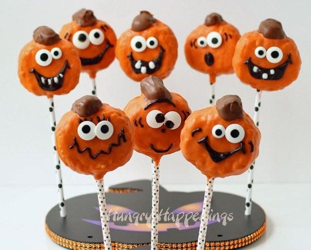 Pumpkin Spice Jack-O-Lantern Rice Krispie Treats   HungryHappenings.com