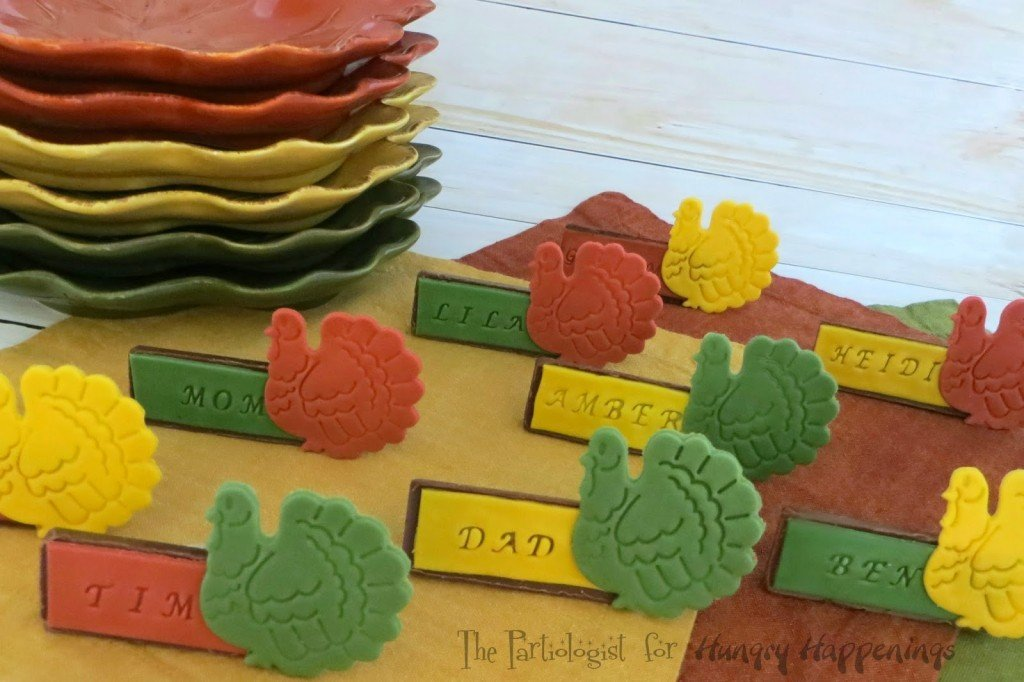 Edible Thanksgiving Placecards www.ThePartiologist.com