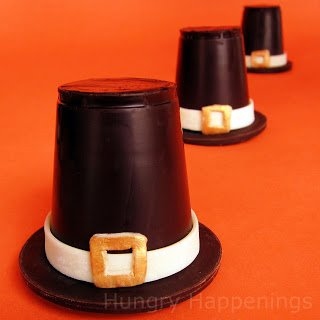 chocolate pilgrim hat candy cups for Thanksgiving