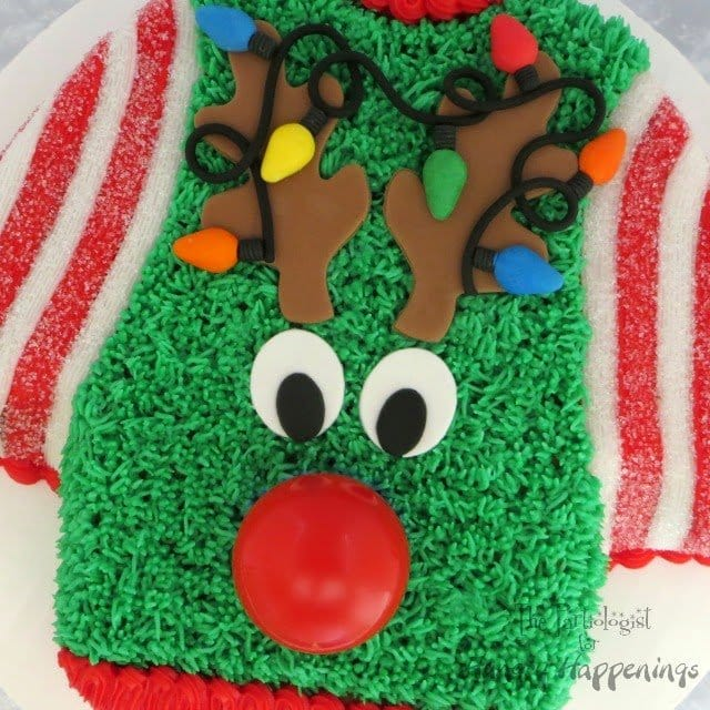 Ugly Christmas Sweater Cake www.ThePartiologist.com