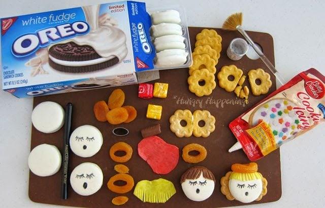 Oreo Angels Simple Christmas Cookies Hungry Happenings