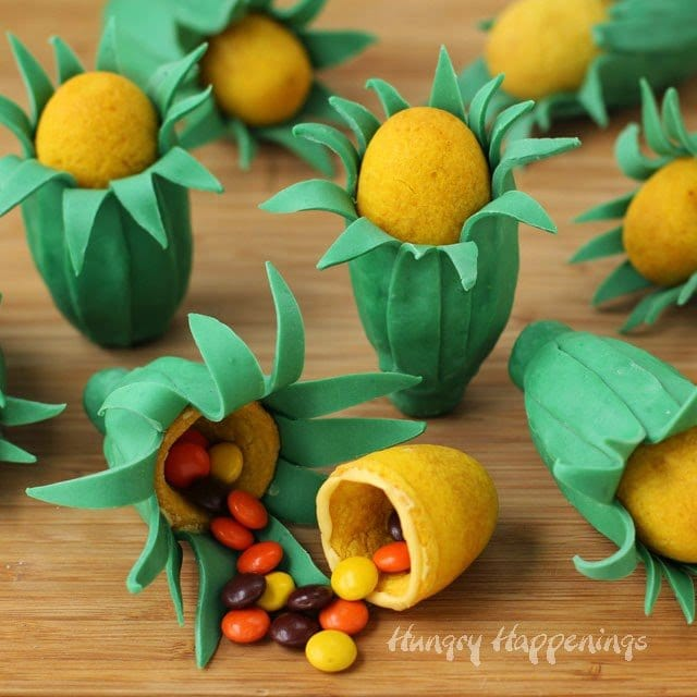 Ear of Corn Piñata Cookies