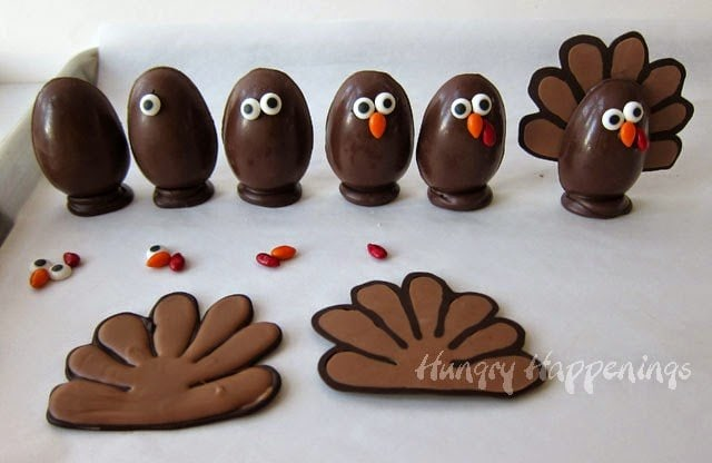 How to make Chocolate Thanksgiving Turkey Truffles | HungryHappenings.com