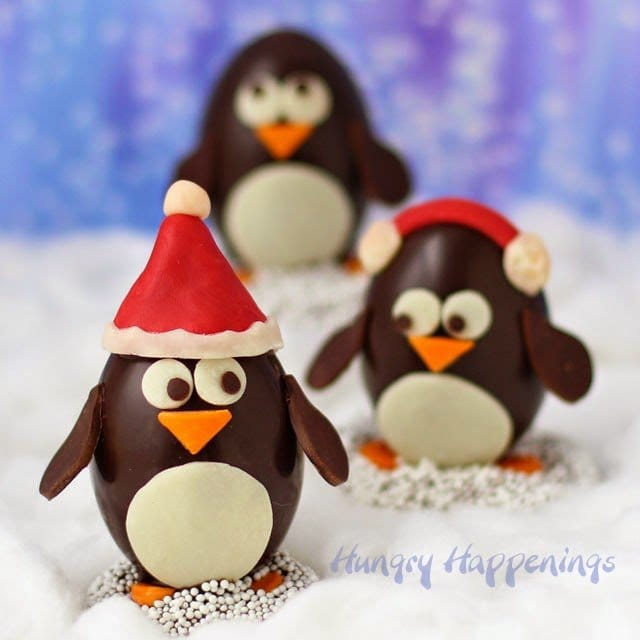 Today I'm going to share two different ways to decorate these Chocolate Penguin Truffles with White Chocolate Amaretto Raisin Ganache. One is easy, the other a bit more challenging. Both were made as part of a sponsored post for California Raisins.