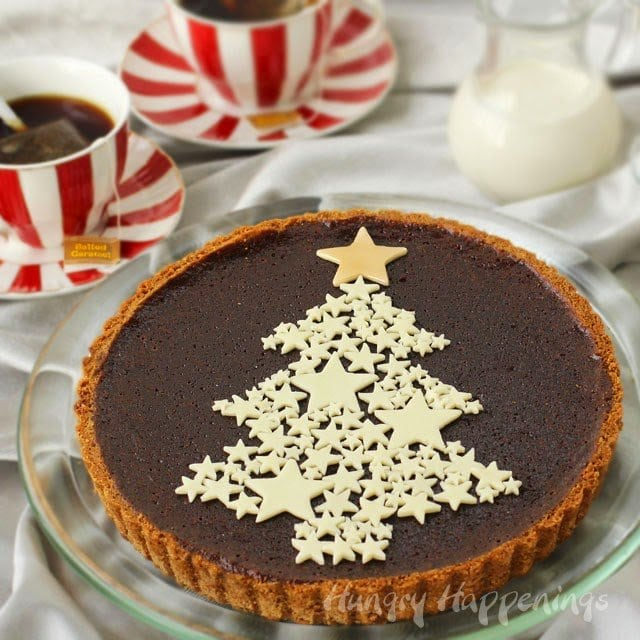 One of my best friends is stopping by for lunch this week and I'm going to serve her a festive Chocolate Christmas Tart Infused with Salted Caramel Tea that I created using Bigelow Tea for a sponsored post by #CollectiveBias. #AmericasTea