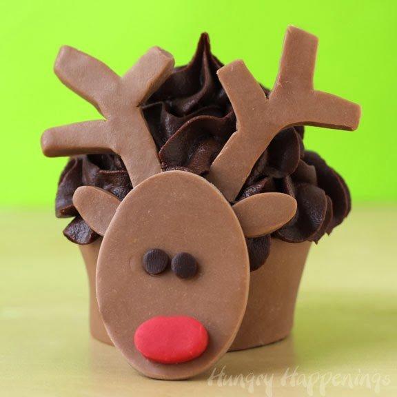 Chocolate Reindeer Cupcake Wrappers