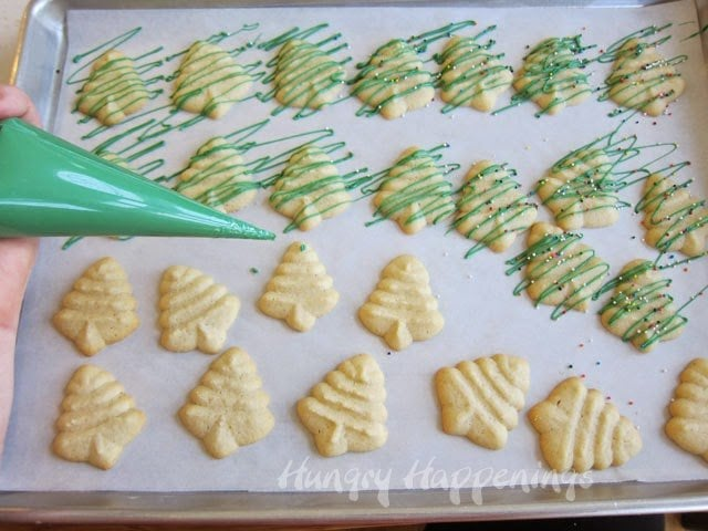 How to decorate the cookies using candy melts and sprinkles