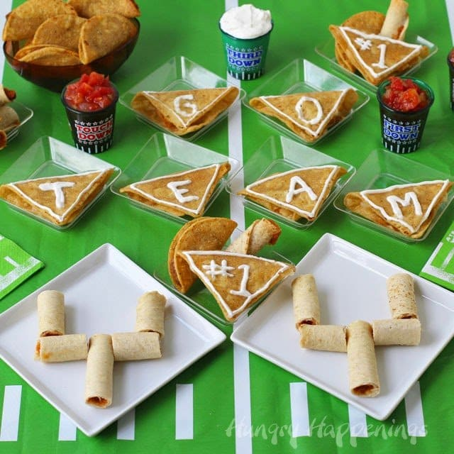 When you have a crowd coming over to watch the big game, and you want some festive yet easy appetizers to make you can quickly turn José Olé® Taquitos into goal posts and José Olé Nacho Bites into pennants. Prepare all these Taquitos Goal Posts and Nacho Bite Pennants for your party in under 30 minutes.