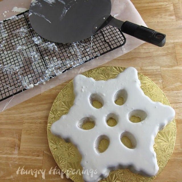 Glazes Snowflake Cake