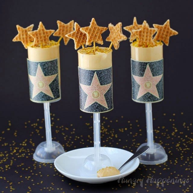 Hollywood Walk of Fame Gold Star Dulce de Leche Push Pops for Academy Award Parties and Movie Nights.| HungryHappenings.com