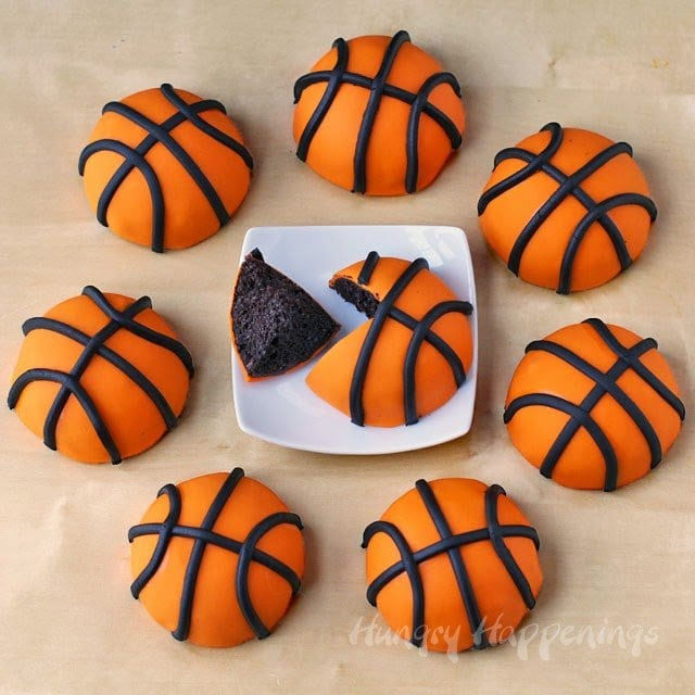 mini basketballs cakes tutorial from HungryHappenings.com