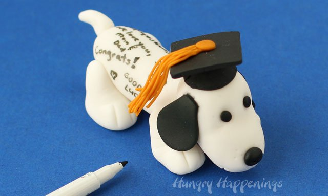 Edible Graduation Autograph Dog