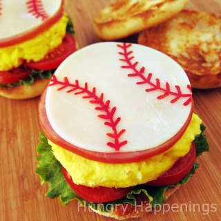 Serve dad a Sports Themed Breakfast Sandwich on Father's Day. Tutorial at HungryHappenings.com