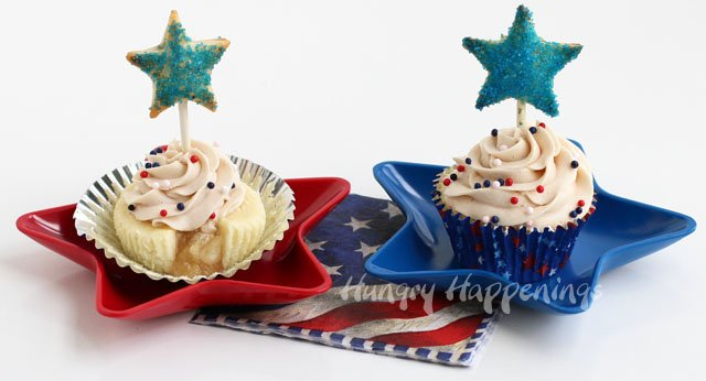 A twist on two classic desserts will be the highlight of your 4th of July table. Apple Pie Cupcakes topped with Mini Apple Pie Pops