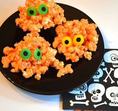Popcorn monsters are so easy to make and are so fun to serve at Halloween.