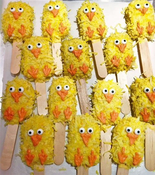 Rice Krispies Treat Chicks make fun Easter treats.