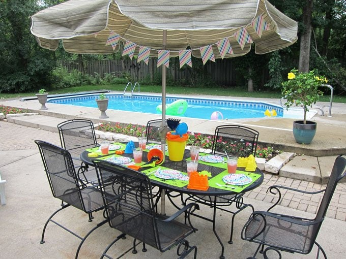 Simple Pool Party Decorations