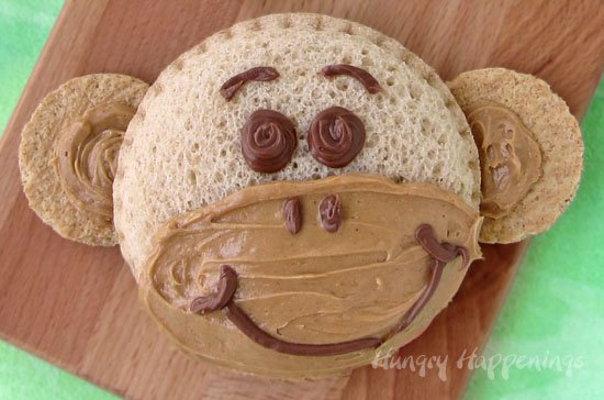 Here's a fun kid's lunch idea. Make Monkey Sandwiches.