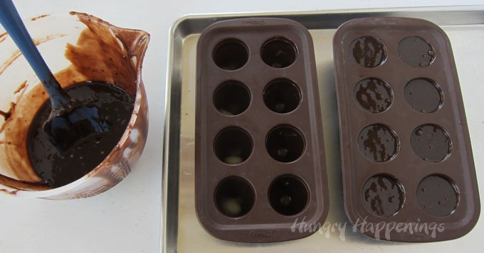 Learn how to bake brownies in a Wilton Brownie Pops Mold to make Charlie Brown Ghost Brownies.
