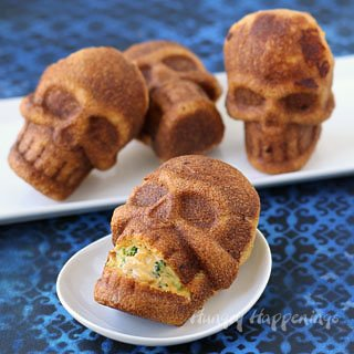 Scare up some fun this Halloween for dinner and serve some Cheesy Broccoli and Chicken Stuffed Skulls. See the recipe at HungryHappenings.com.