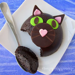Flourless Chocolate Cake Halloween Cats