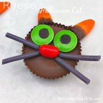 Cute Reese's Cup Cats are easy to decorate and will make great last minute Halloween treats.