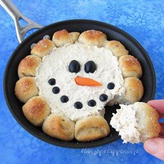 Skillet Dip Snowman – Christmas Appetizer