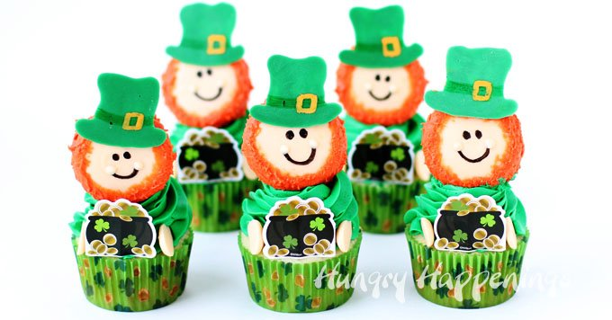 This St. Patrick's Day, turn Oreo Cookies into cute Leprechauns to use to top your cupcakes.