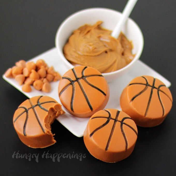 2 ingredient Biscoff Butterscotch Fudge Basketballs are quick and easy to make and are perfect for a March Madness party.
