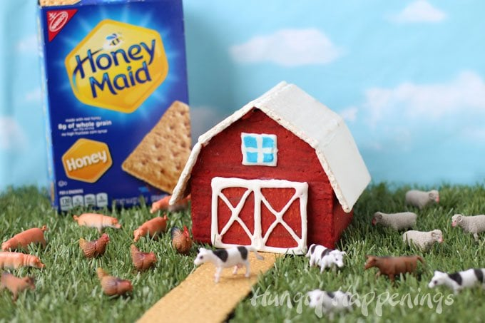 Honey Maid Graham Crackers can easily be transformed into a red barn for your farm themed event or any day craft.