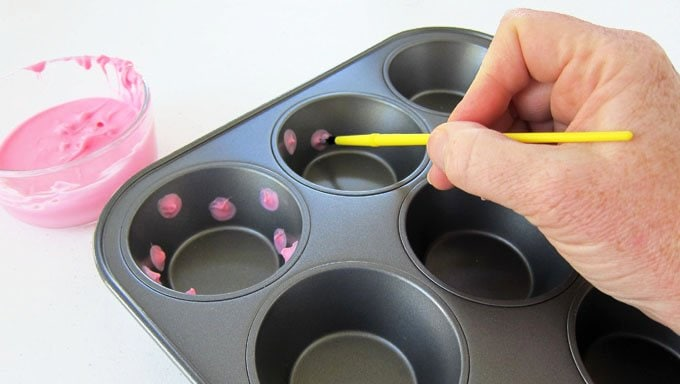 See the step-by-step tutorial to create Pink Polka Dot Candy cups at HungryHappenings.com.