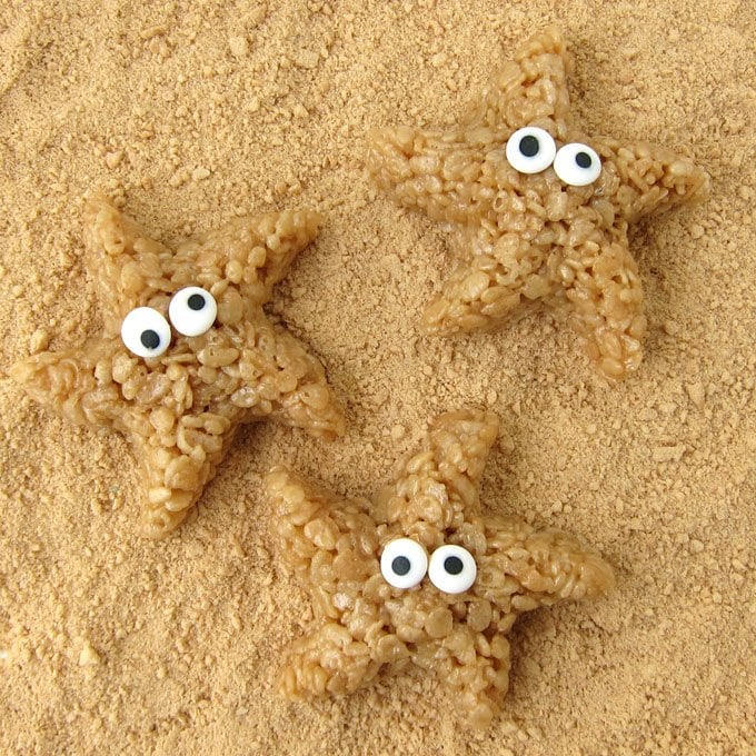 Use plastic sand molds to make these cute Caramel Rice Krispie Treat Starfish.
