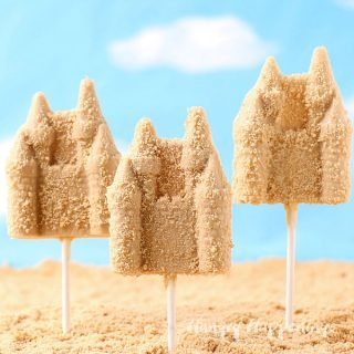 Sand Castle Lollipops – Fun Beach Party Treats