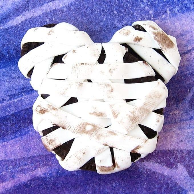 Mickey Mouse Oreo Cookie Mummy Halloween Treat
