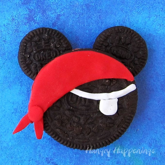 Mickey Mouse Pirate Oreo Cookie