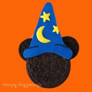 Mickey Mouse Wizard Oreo Cookie for Halloween
