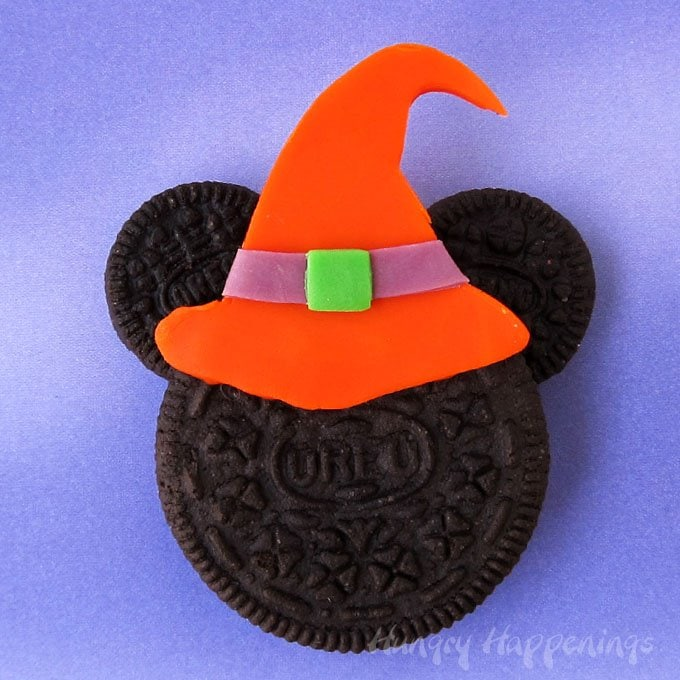 Minnie Mouse Witch Oreo Cookie
