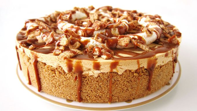 No-Bake Dulce de Leche Cheesecake with a graham cracker and Cinnamon Toast Crunch Cereal crust.