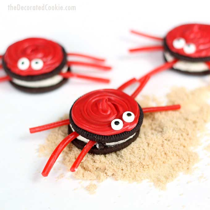 Cute Oreo Cookie Crabs