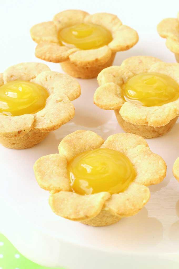 Lemon Daisy cookie cups