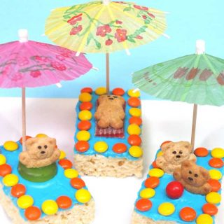 Fun summer treats - teddy grahams swimming in cereal treat pools.