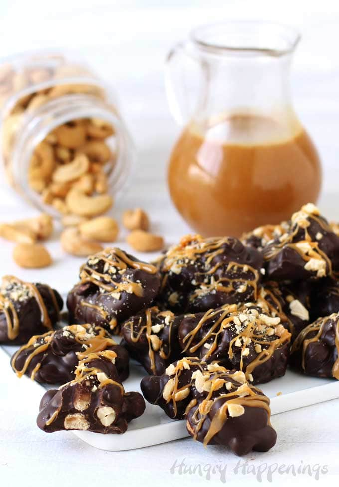 How to make chocolate caramel cashew clusters at home.