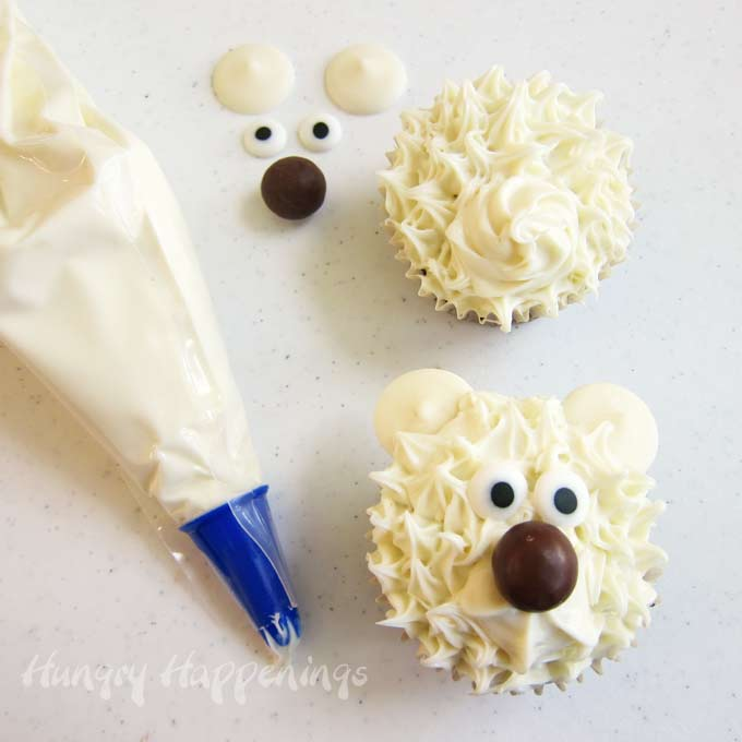 Polar Bear Cupcake - Easy Animal Cupcake Decorating Idea