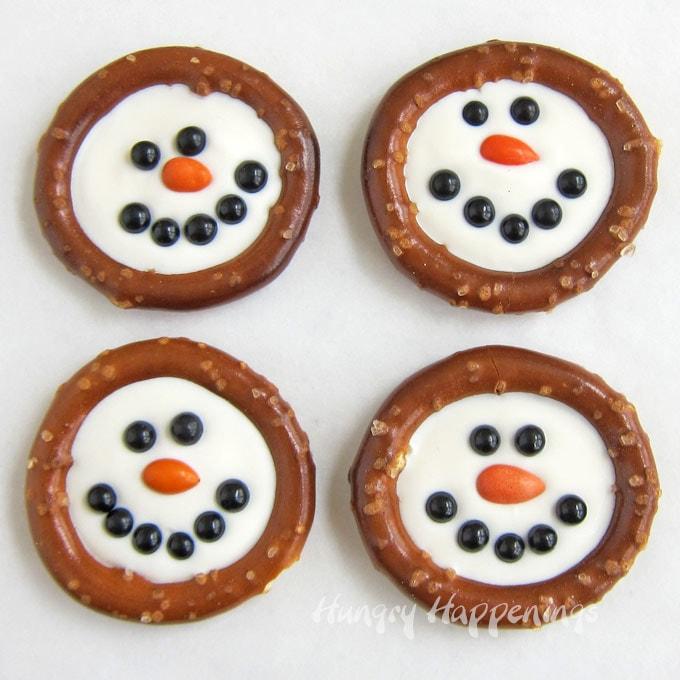 Snowman Pretzel Rings