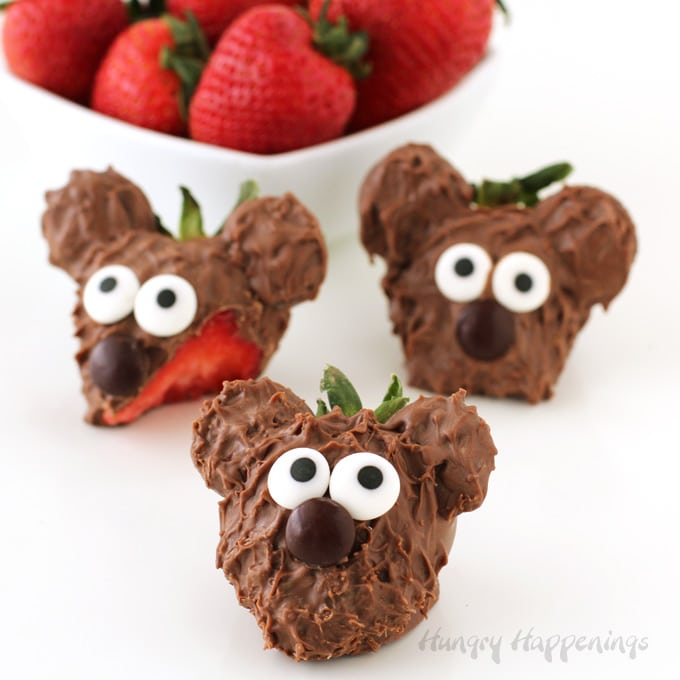 Chocolate Covered Strawberry Bears Decorated Berries For Valentine S Day