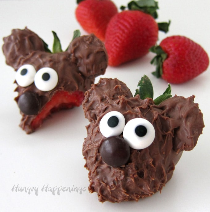 Chocolate Covered Strawberry Bears for Valentine's Day